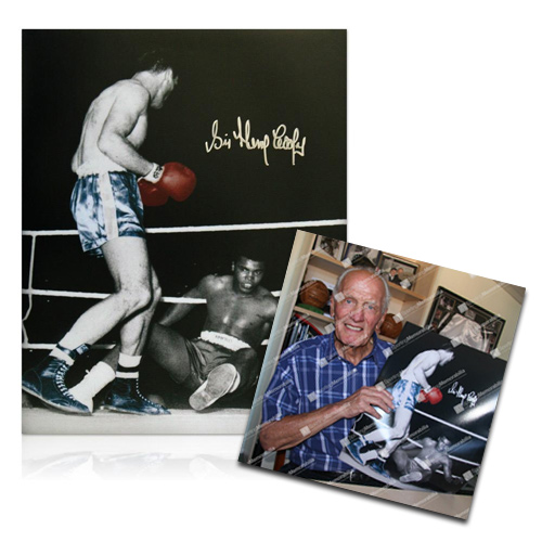 Sir Henry Cooper signing photo - Cassius Clay Fight