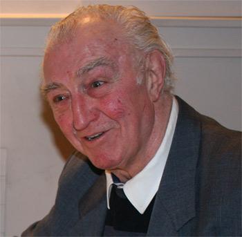 Spurs legend - Bobby Smith (1933 – 2010)