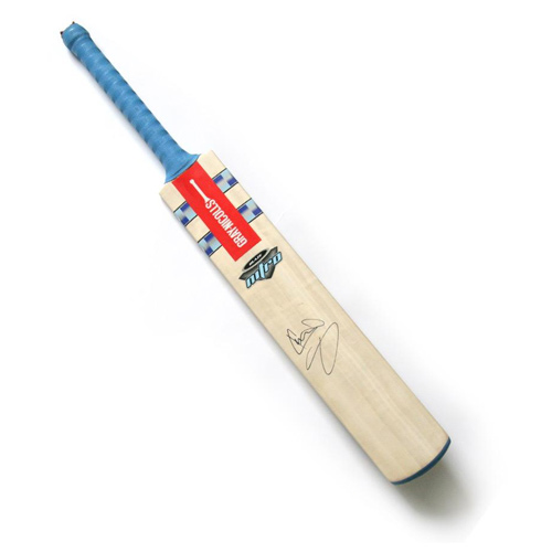 Sir Ian Botham signed cricket bat