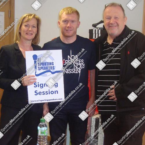 Paul Scholes with A1 Sporting Memorabilia Directors Terry & Freda Baker