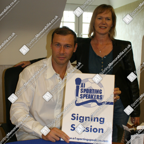 Duncan Ferguson signs Everton football shirts & photos for A1 Sporting Memorabilia