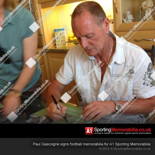 Paul Gascoigne signing memorabilia for A1 Sporting Memorabilia