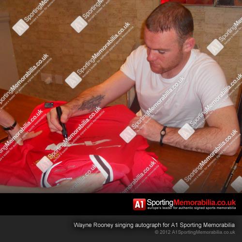 Wayne Rooney Signing Manchester United Shirt